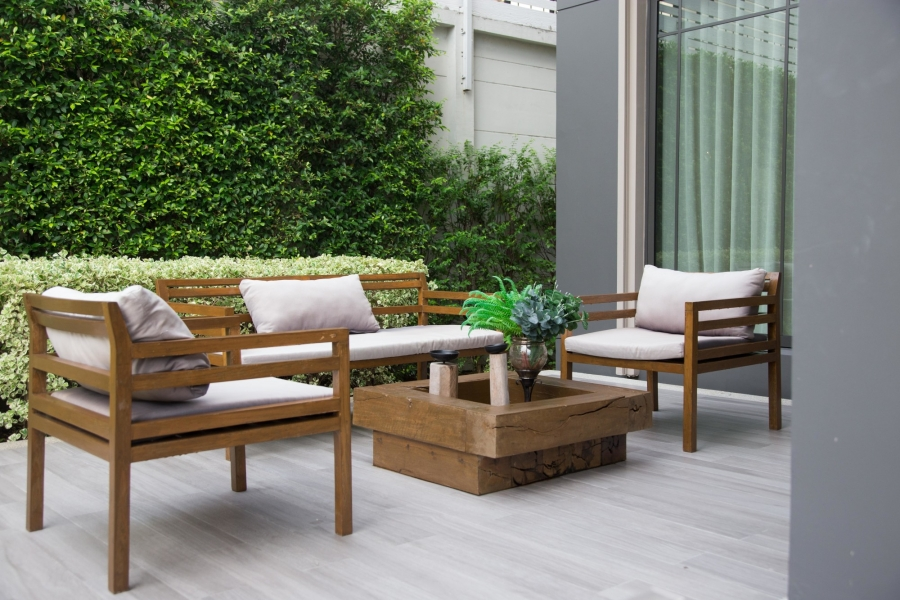 Sky-High Resale: The Top Benefits of Remodeling an Outdoor Living Space