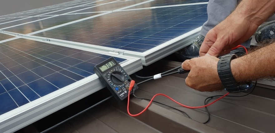 How Easy Is Installing Solar Panels?