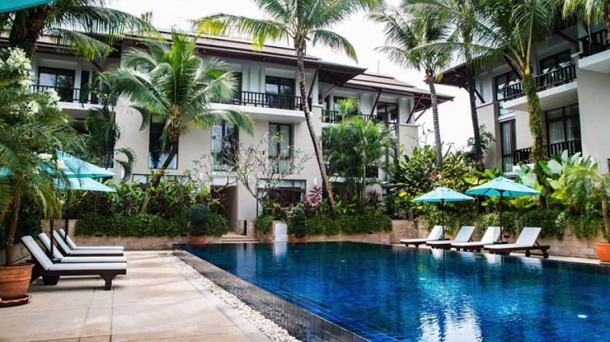How You and Your Loved Ones Can Benefit From Owning a Waterfront Apartment in Phuket, Thailand