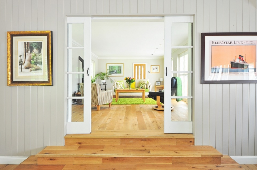 How To Keep Your Hardwood Floor Neat & Clean