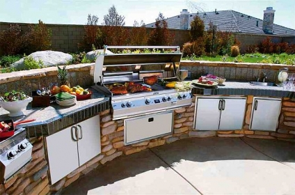 Inside Tips On Outdoor Kitchens
