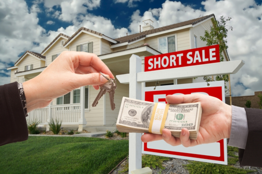 Short Sale 101: What Is It and How to Avoid Experiencing It