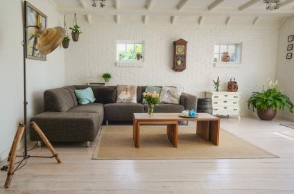 10 Tips For a More Modern Living Room