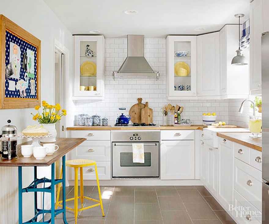 Smart ways to make your kitchen look brighter