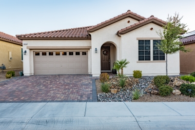 Upgraded house for sale in Tuscany Community of Henderson
