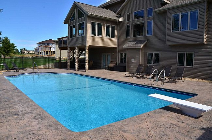 Keeping Costs Down When Building Your New Pool