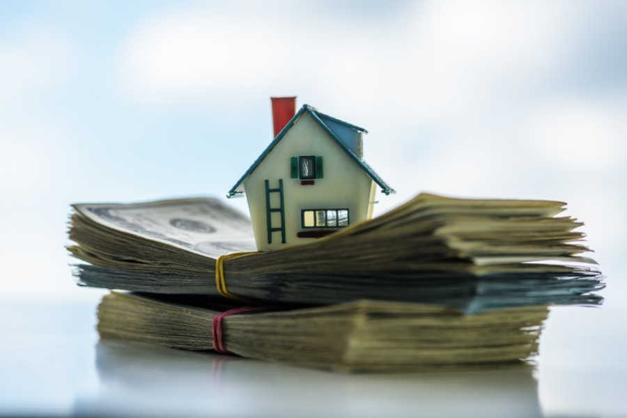 Secured vs. Unsecured Debt: How Lenders See Them
