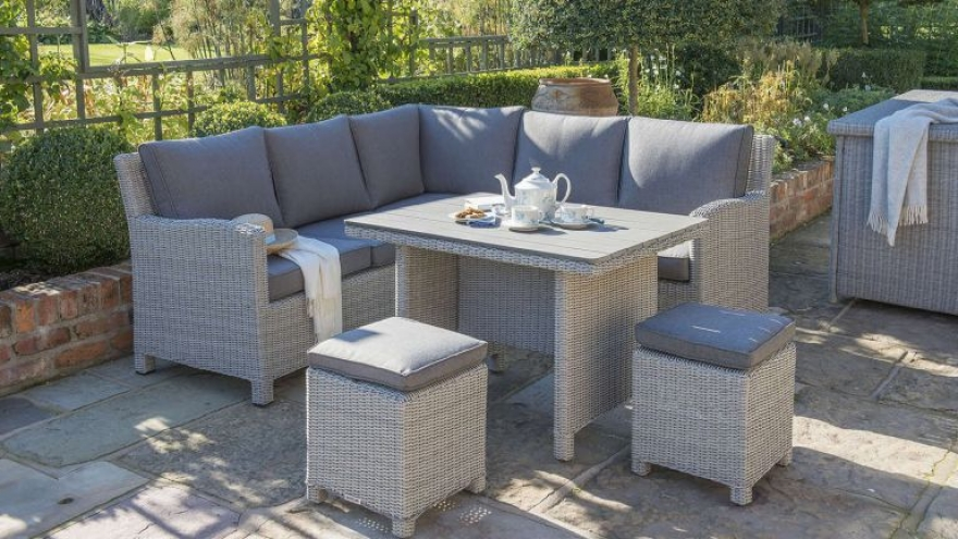Tips to sunproof your Rattan outdoor furniture