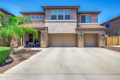 NEW LOW PRICE! 10906 E STORIA AVE, Mesa, AZ 85212 in Bella Via Mountain Horizons | NEW PRICE $307,900 | Exclusively listed by Signature Realty Solutions (480) 422-5358