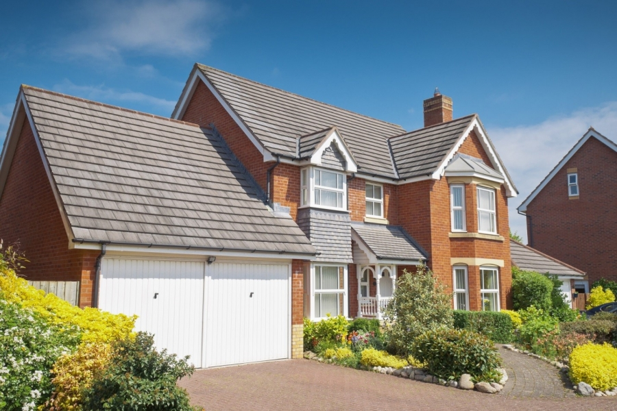 Across the Pond: How to Buy a House UK Style