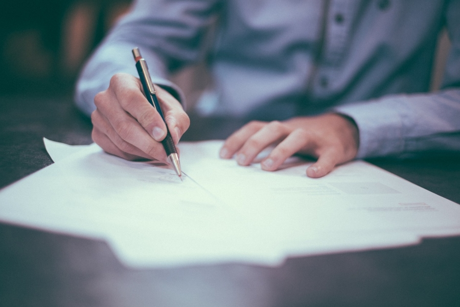 Written Contracts are Important in an HOA?