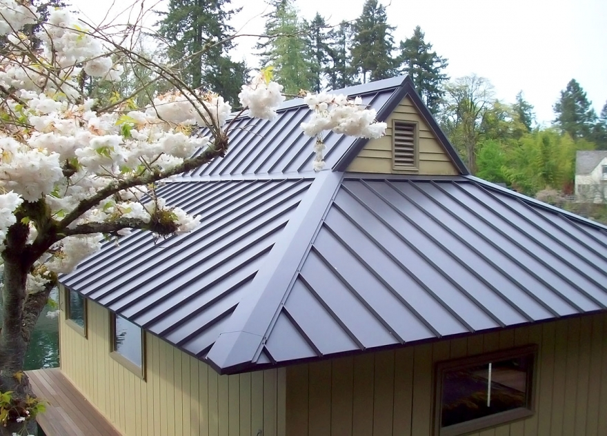 Why you need a roof installation Ann Arbor MI!