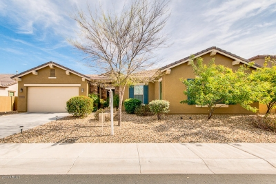NEW LISTING! 2267 S NOLINA DR, Chandler, AZ 85286 in Stonefield | Exclusively listed by Signature Realty Solutions (480) 422-5358