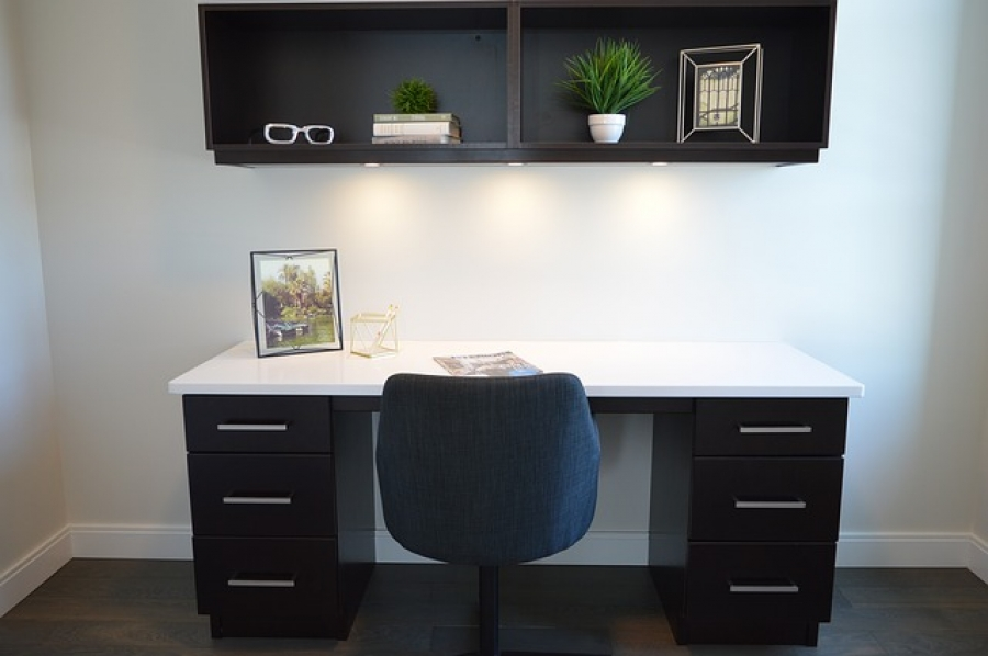 9 Tips to Make the Perfect Home Office